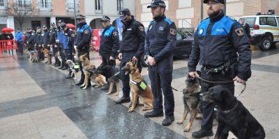Las Unidades Caninas se acercan a los ciudadanos